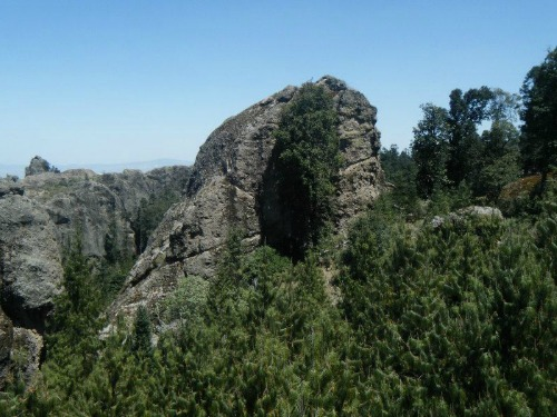 """Rocas amorfas en el Parque Nacional """"El Chico"""""""