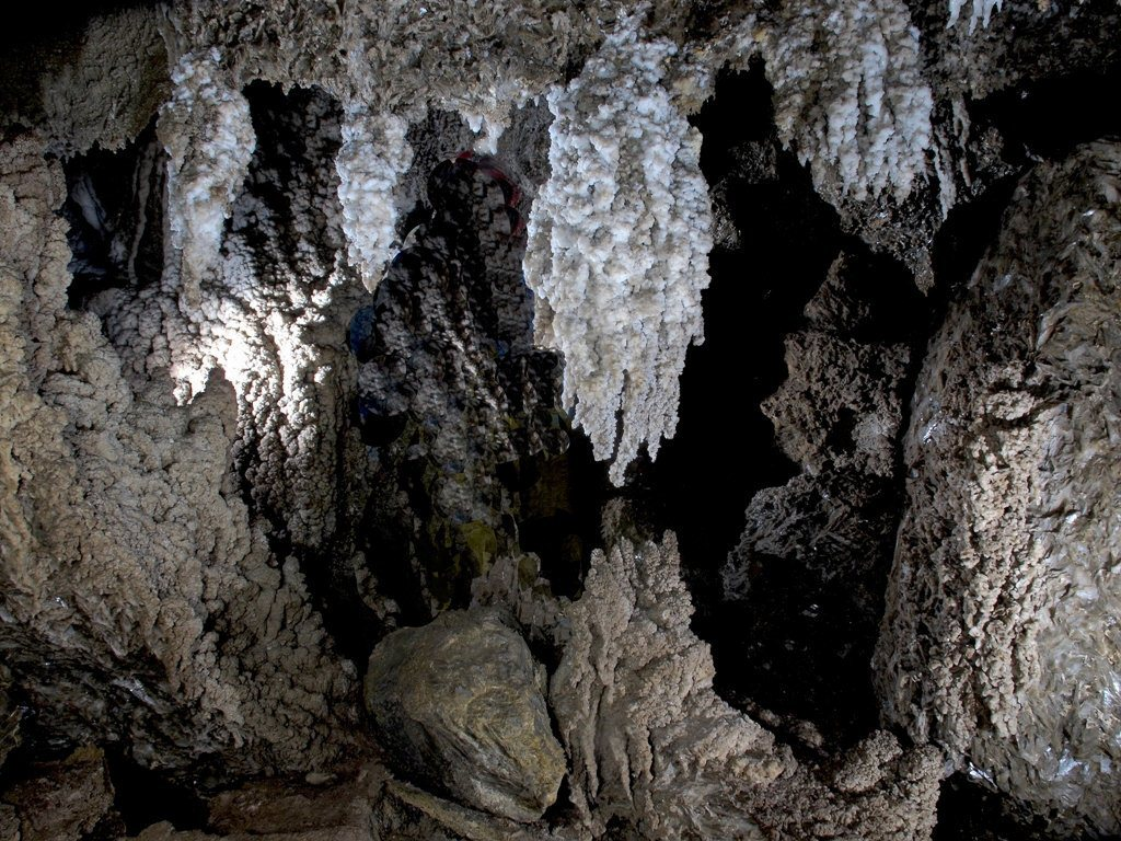 cueva karstica