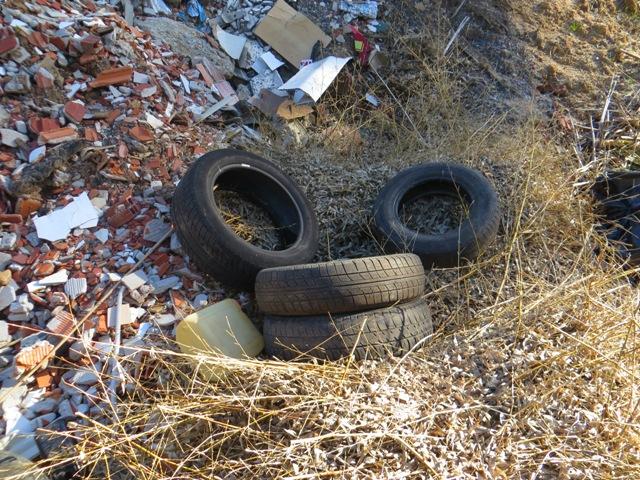 Los neumáticos son elementos reciclables y los talleres tienen la obligación de recogerlos y reciclarlos