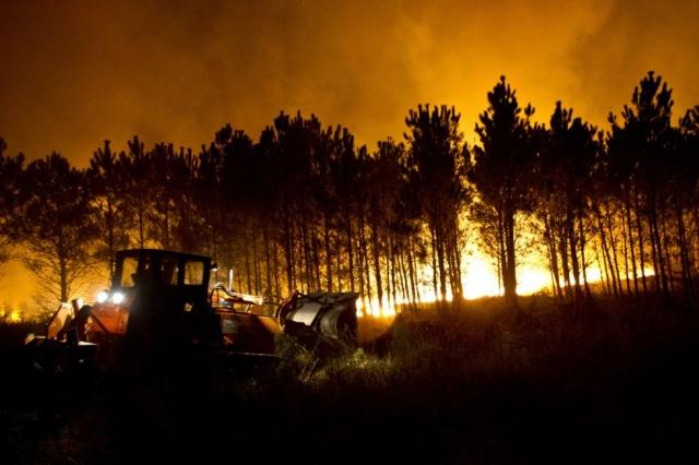 Monte Pindo en llamas