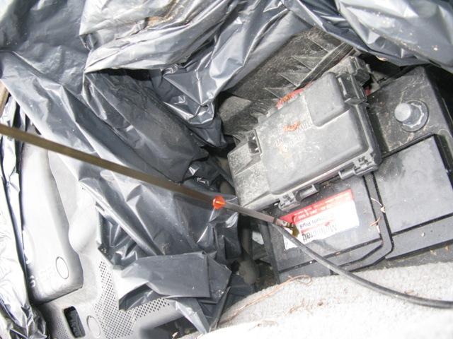 Las baterías contienen plomo y ácido sulfúrico, residuos muy pelgrosos