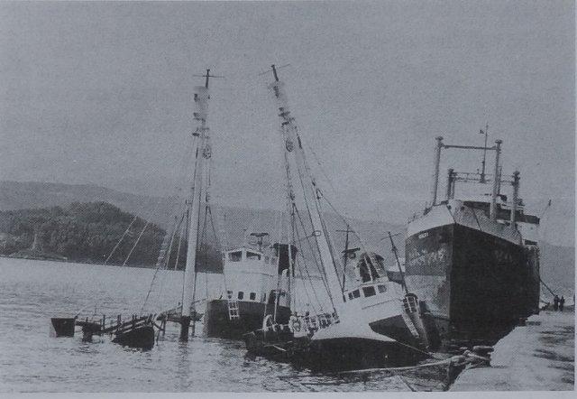 Ibsa I y II hundidos en Marin (Celestino Pardelles)
