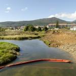 El Ministerio de Medioambiente entierra con fangos de la depuradora de A Pobra una importante zona de cría de anfibios en el Barbanza